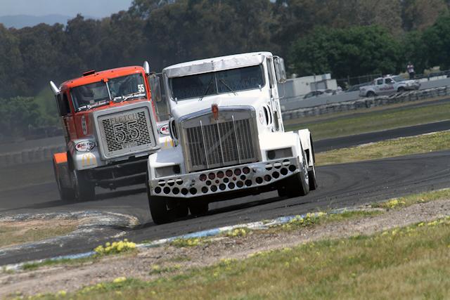RacingTruck2